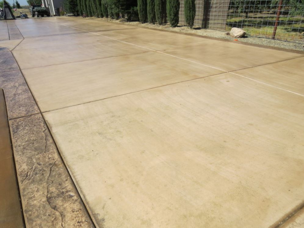 this is an image of concrete driveways in Walnut Creek