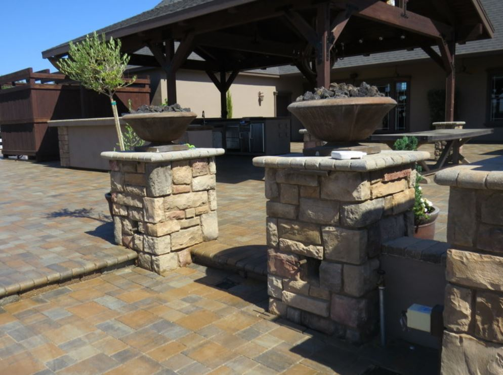 this is an image of stone masonry work in Walnut Creek